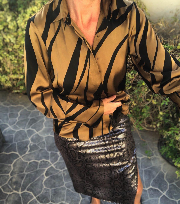 Zoe-Shirt-Gold-Tiger- KARMAMIA IMAGE BY ME