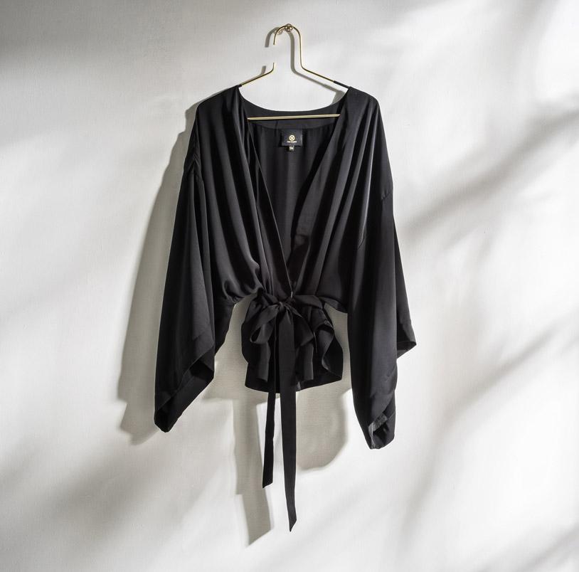 Daily Elegance Serifos Kimono Black IMAGE BY ME