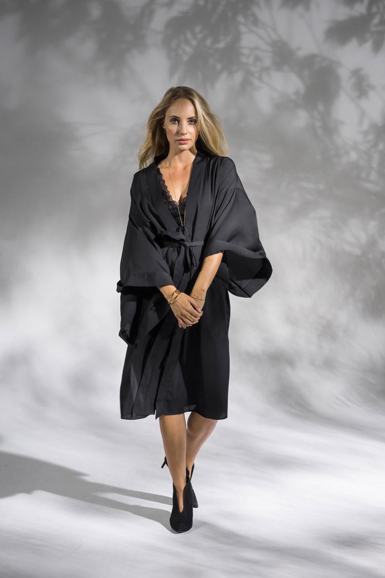 Daily Elegance Monaco Kimono 1 IMAGE BY ME