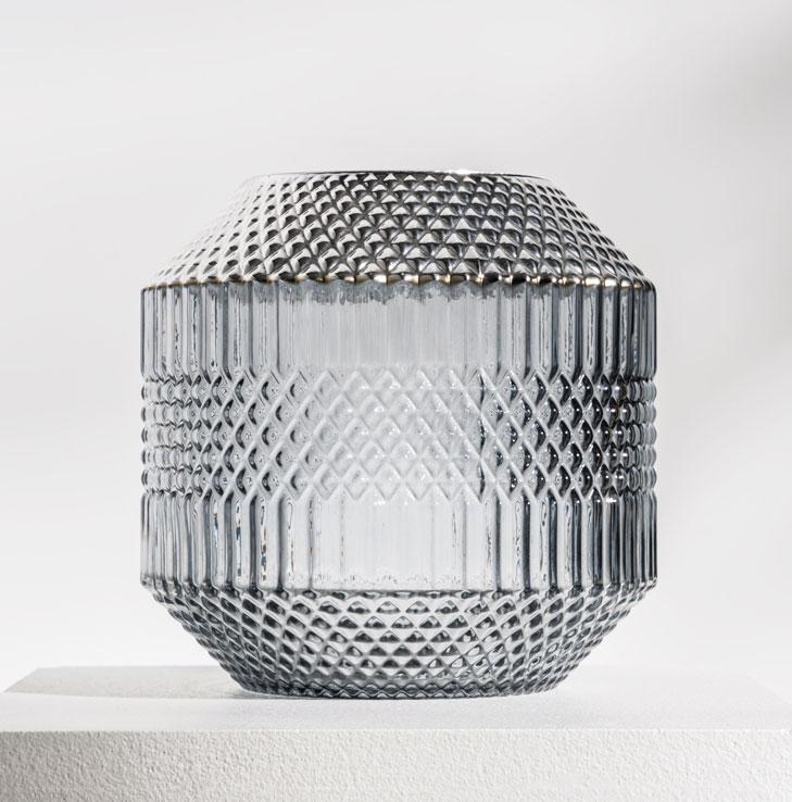 Daily Elegance Dolin Vase Grey Silver.jpg 1