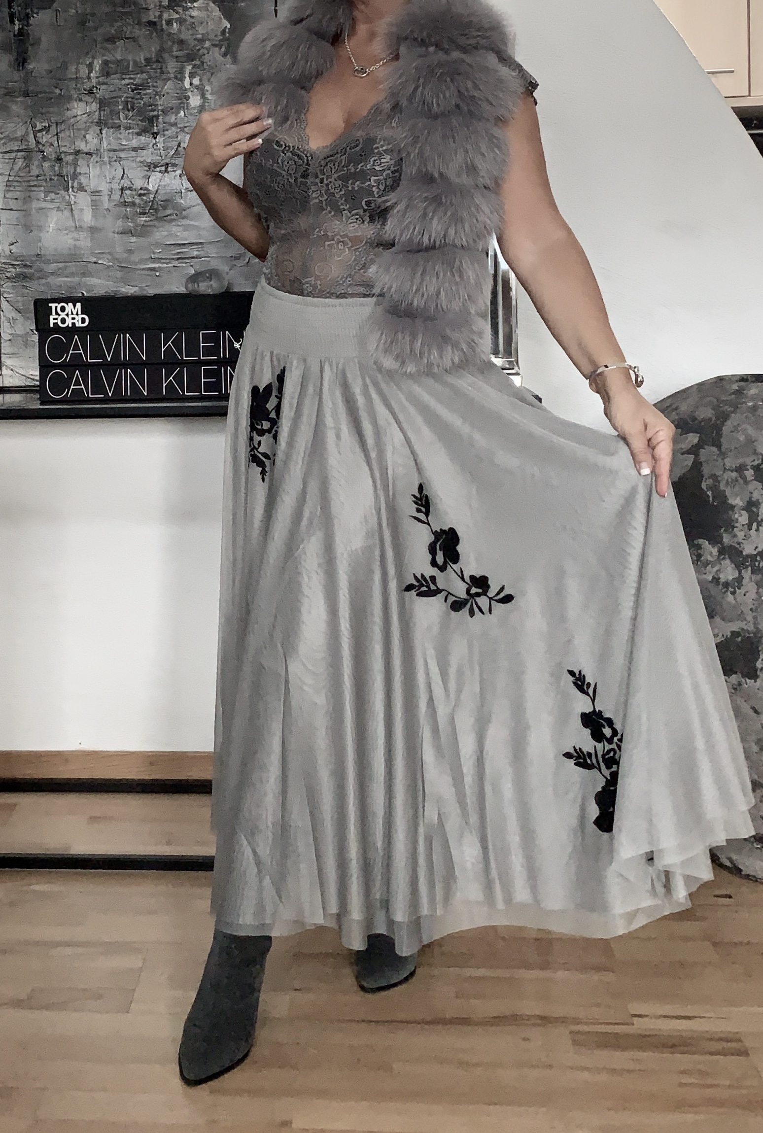 Leilani Skirt Dove Grey Daily Elegance IMAGE BY ME.jpg 2
