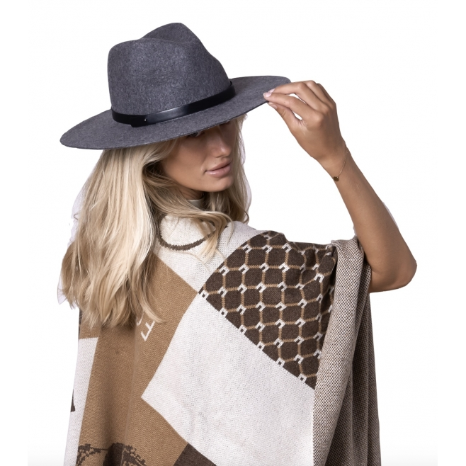 equi-poncho-100-cashmere IMAGE BY ME