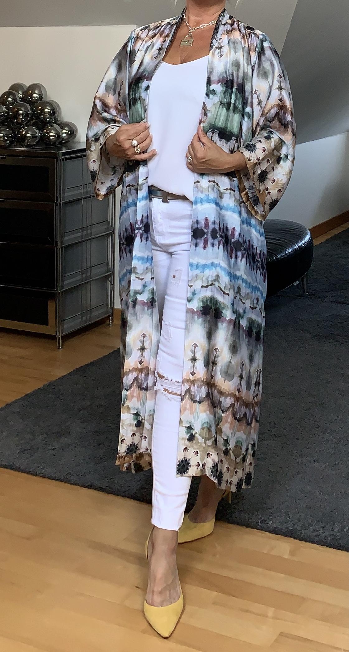 Nikki-Kimono-Tie-Dye KARMAMIA CPH IMAGE BY ME