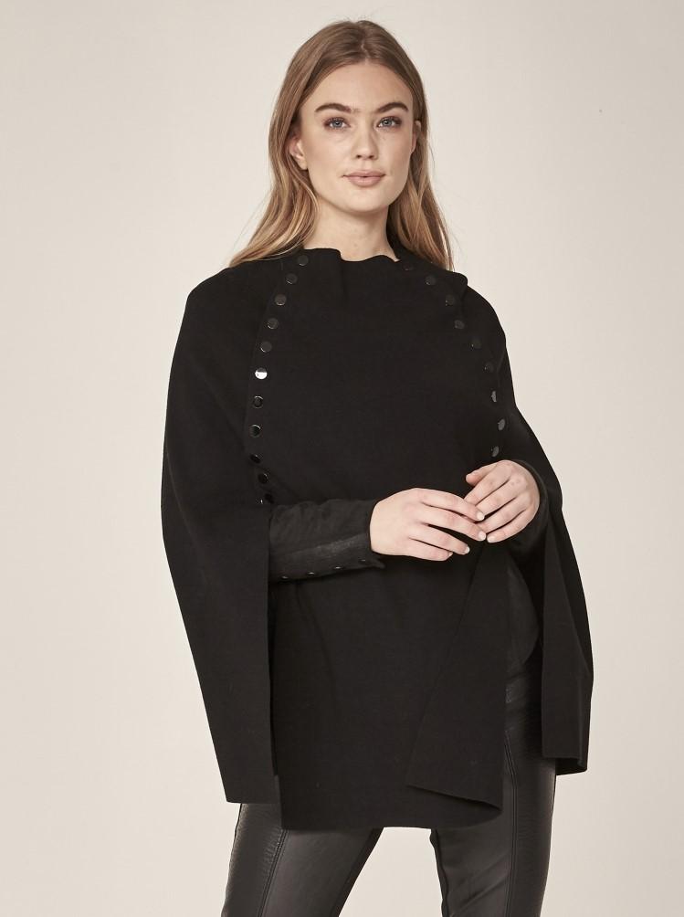Irina Poncho knit 1