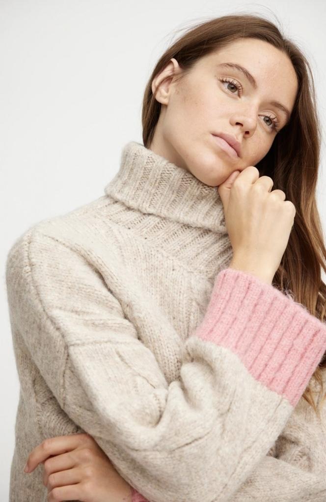 A-VIEW Viol knit PINK IMAGE BY ME