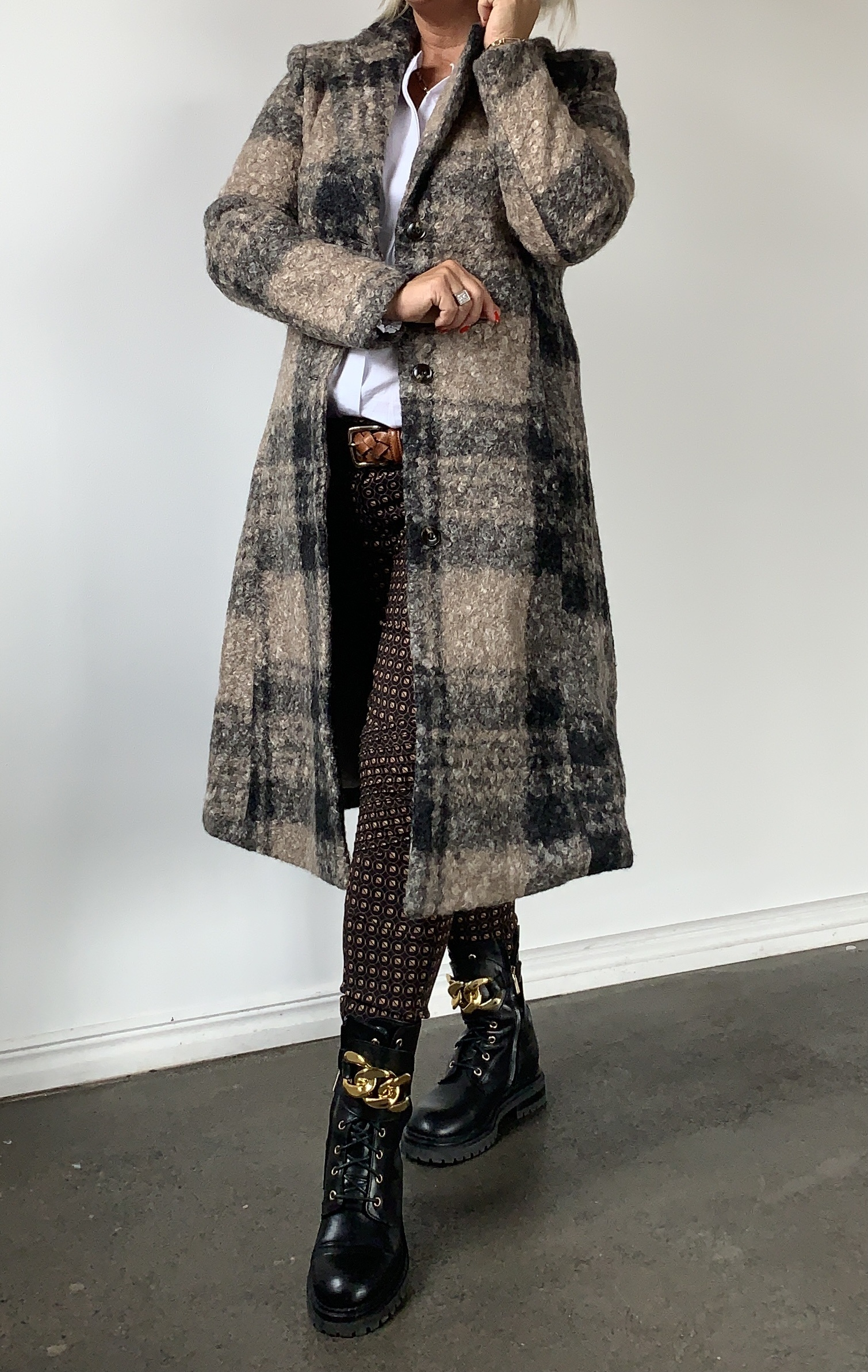 COSTA MANI Beth coat IMAGE BY ME