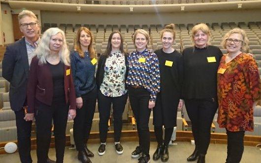 Från seminariet om sjukskrivna utan sjukpenning.  Elsa Lundquist, SAMRE, i mitten i blått.