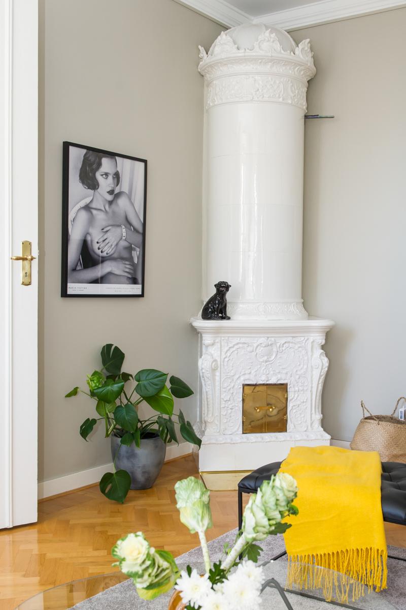 Kakelugnen kom till sin rätt med ny färg från Jotun på väggarna