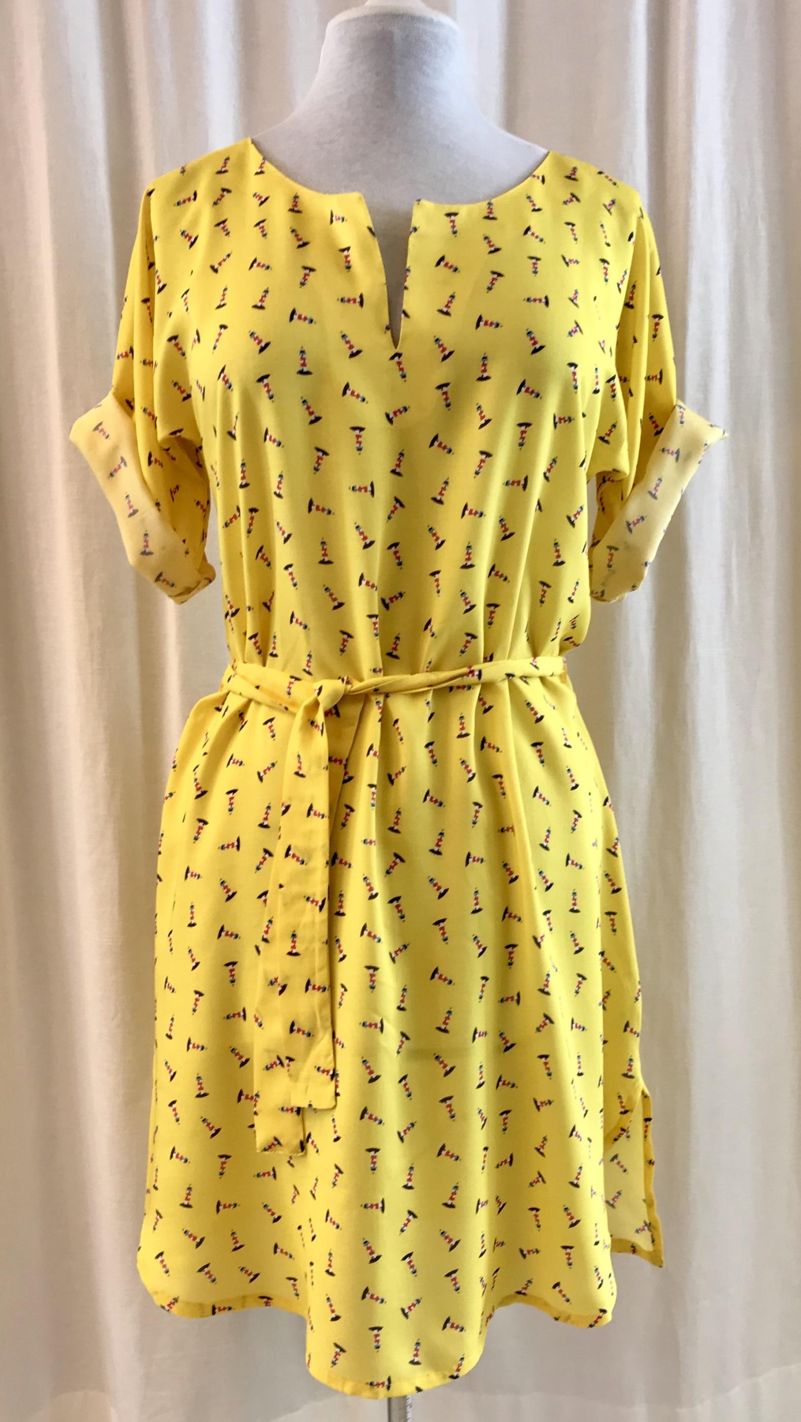 SaraLaholm klänning Anemona fyren viskos egen design gul