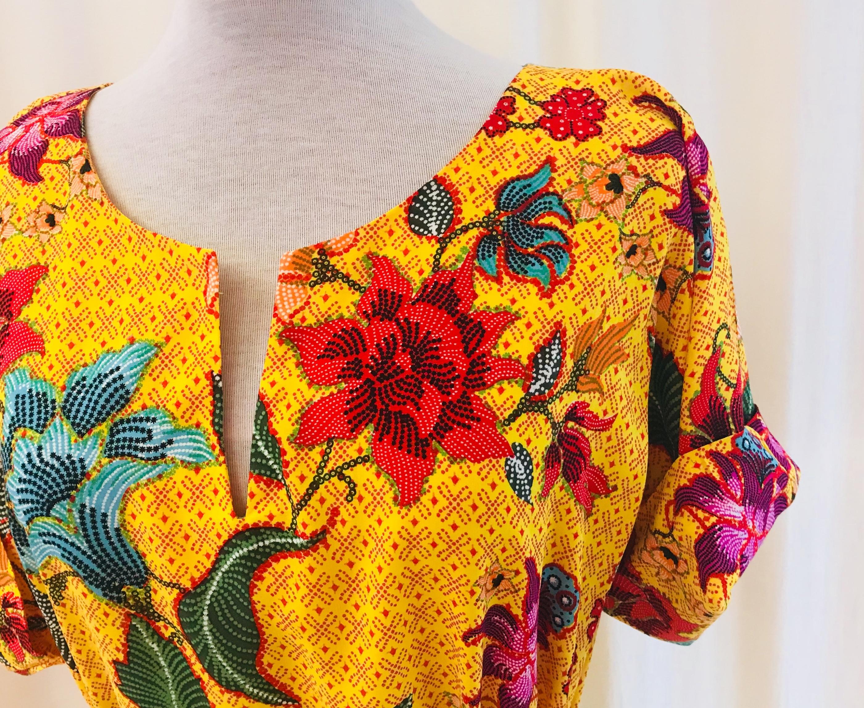 SaraLaholm klänning Anemona viskos solgul unik design