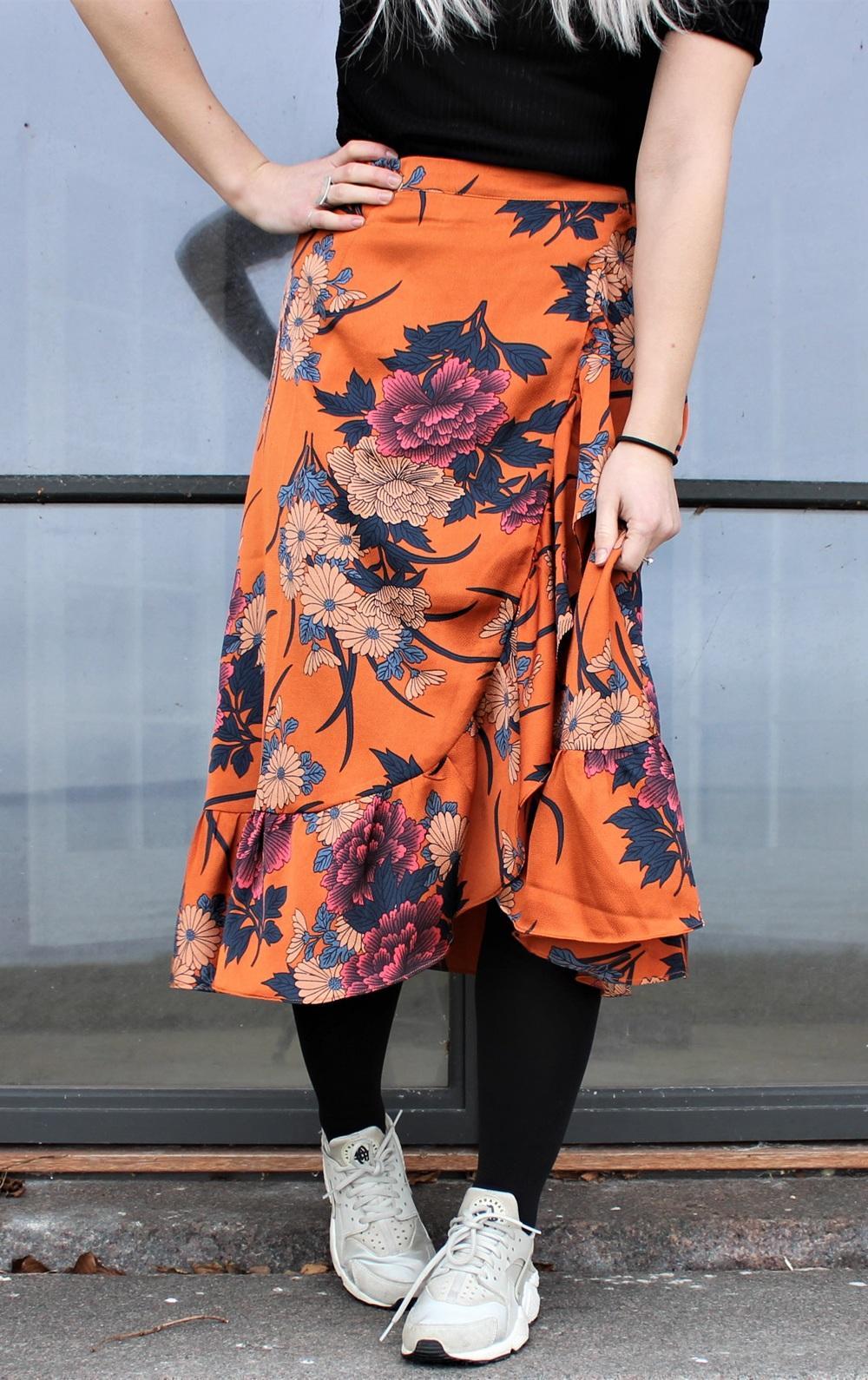 Elena Orange flower skirt 2_
