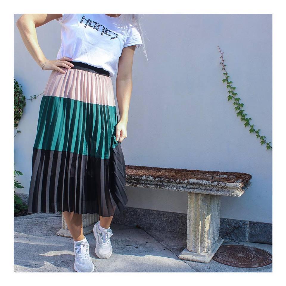 neo-noir-tam-plisse-skirt-dark-green