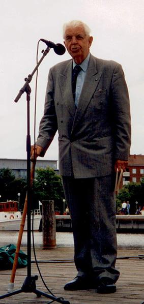 Claes Olsson 1909-2011, en av grundarna till Visans Vänner i Uddevalla.