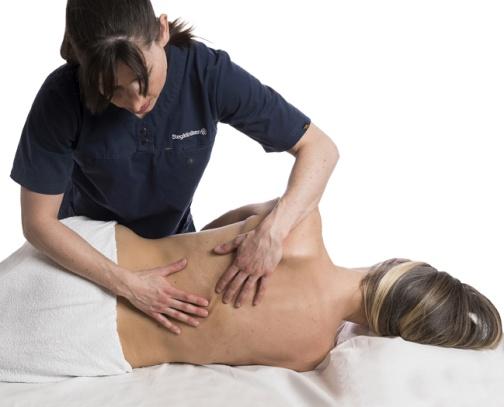 Naprapat på Stegkliniken som behandlar rygg.
