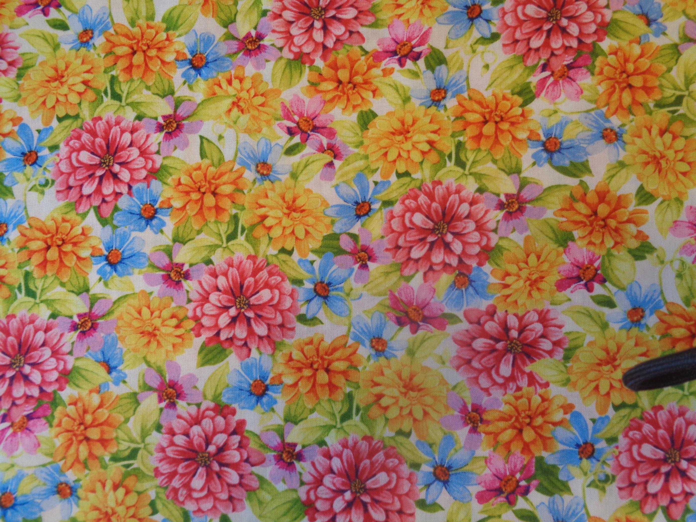 Blommigt bomullstyg/quilttyg - Adalee's Garden