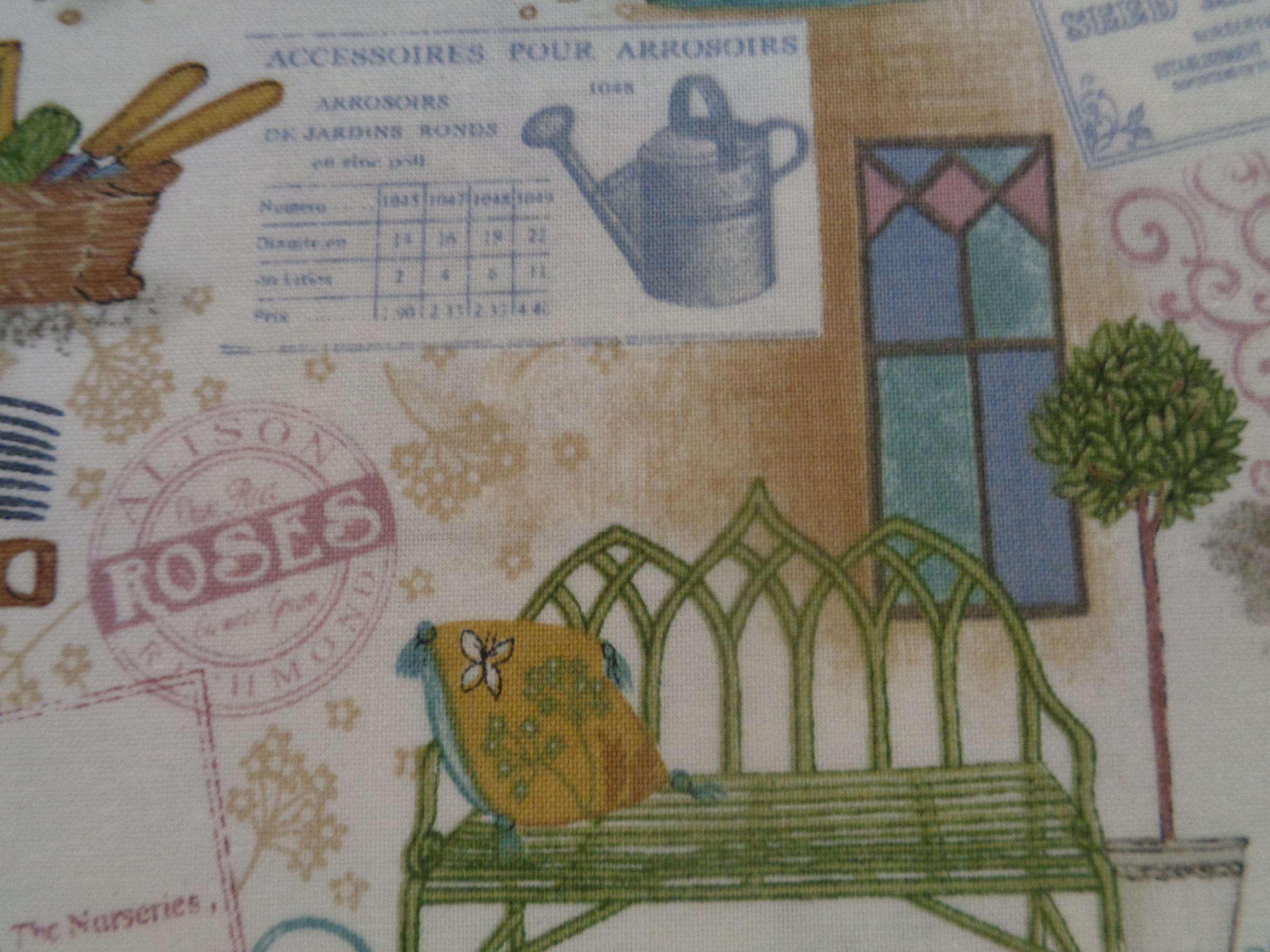 Mönstrat bomullstyg/quilttyg - Antique Garden
