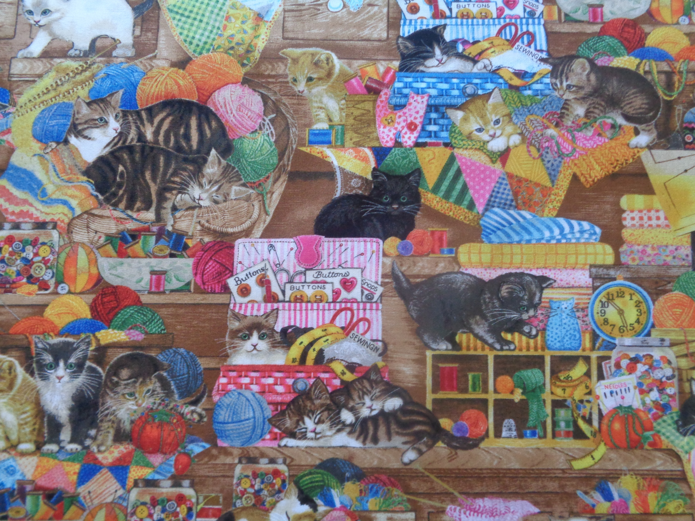 Mönstrat bomullstyg/quilttyg - Whiskers & Tails multifärg