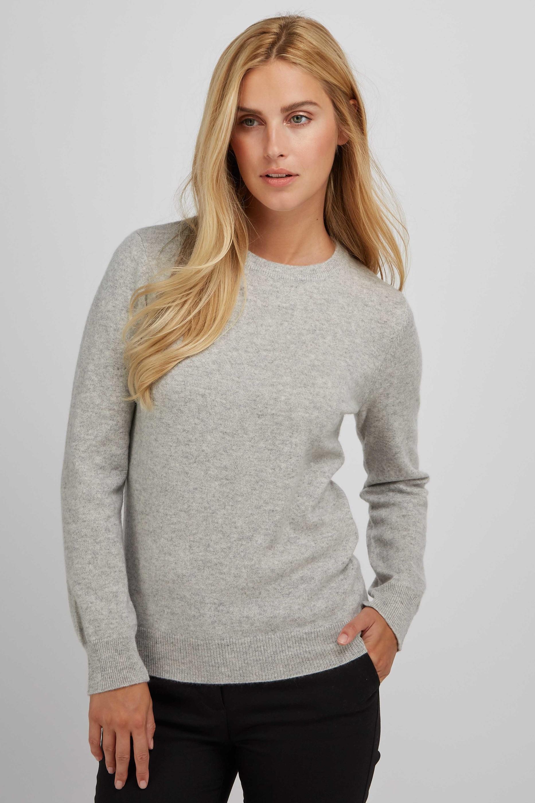 BasicSweater_LightGrey_4