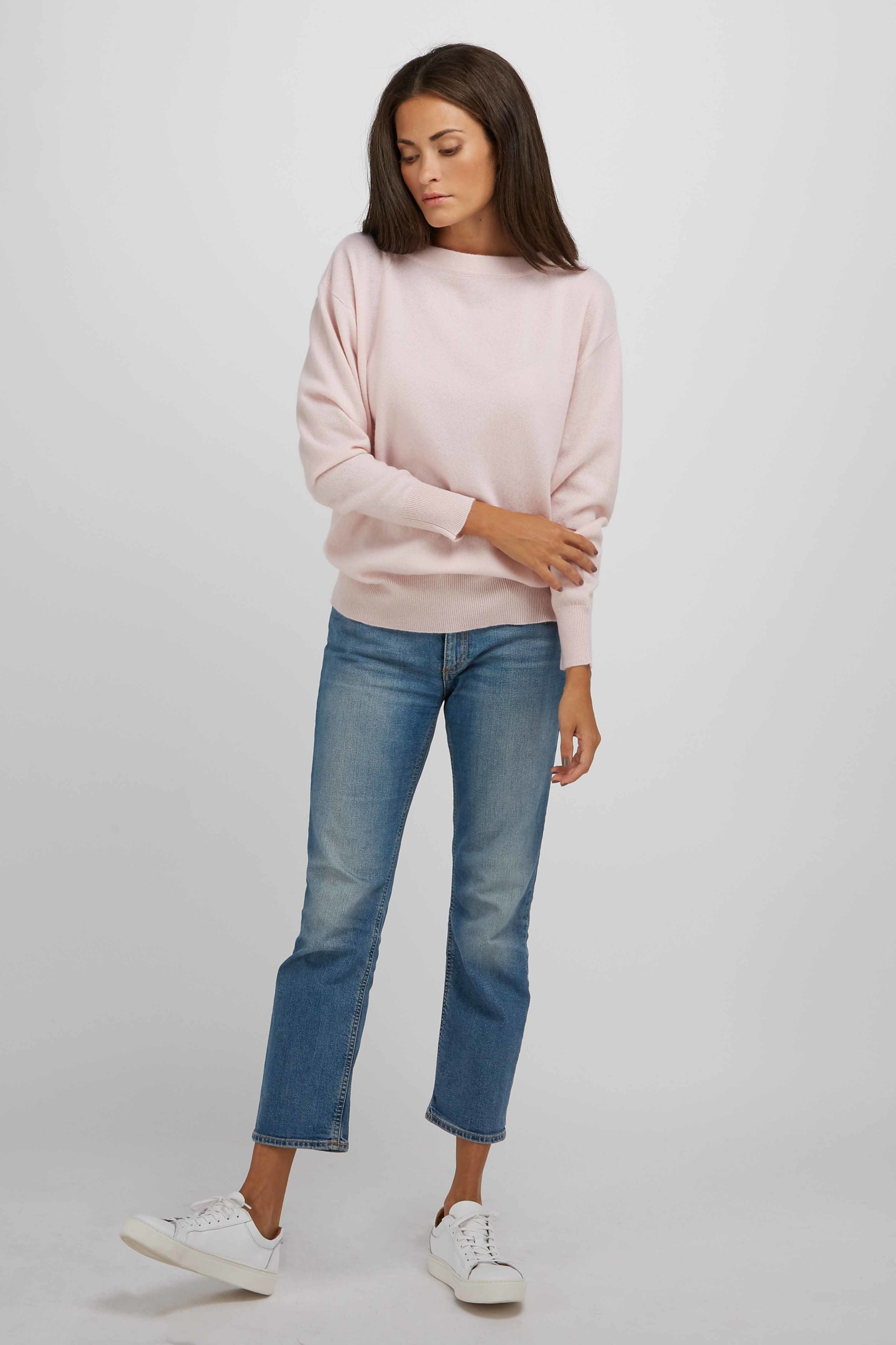 BoatneckSweater_LightPink_1