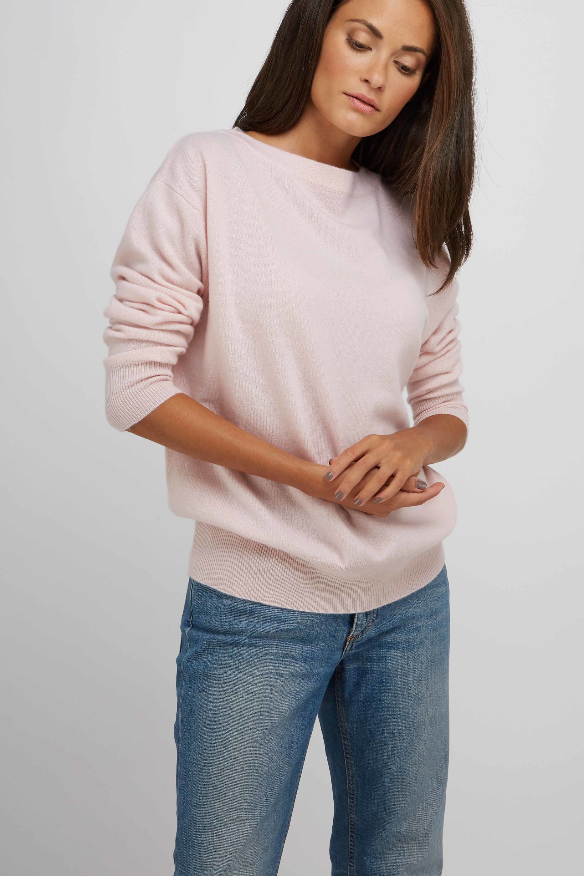 BoatneckSweater_LightPink_3