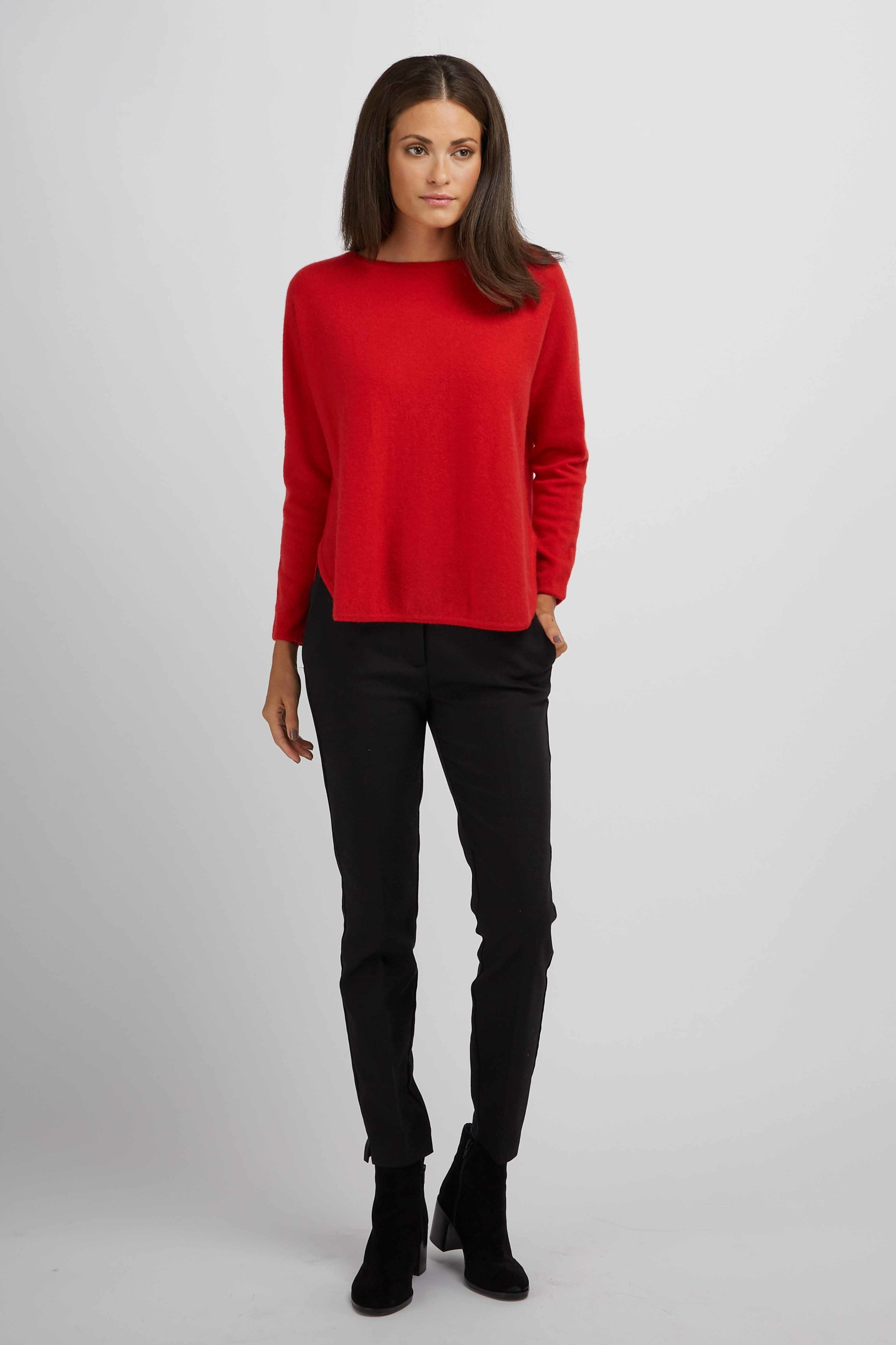 CurvedSweater_Red_1