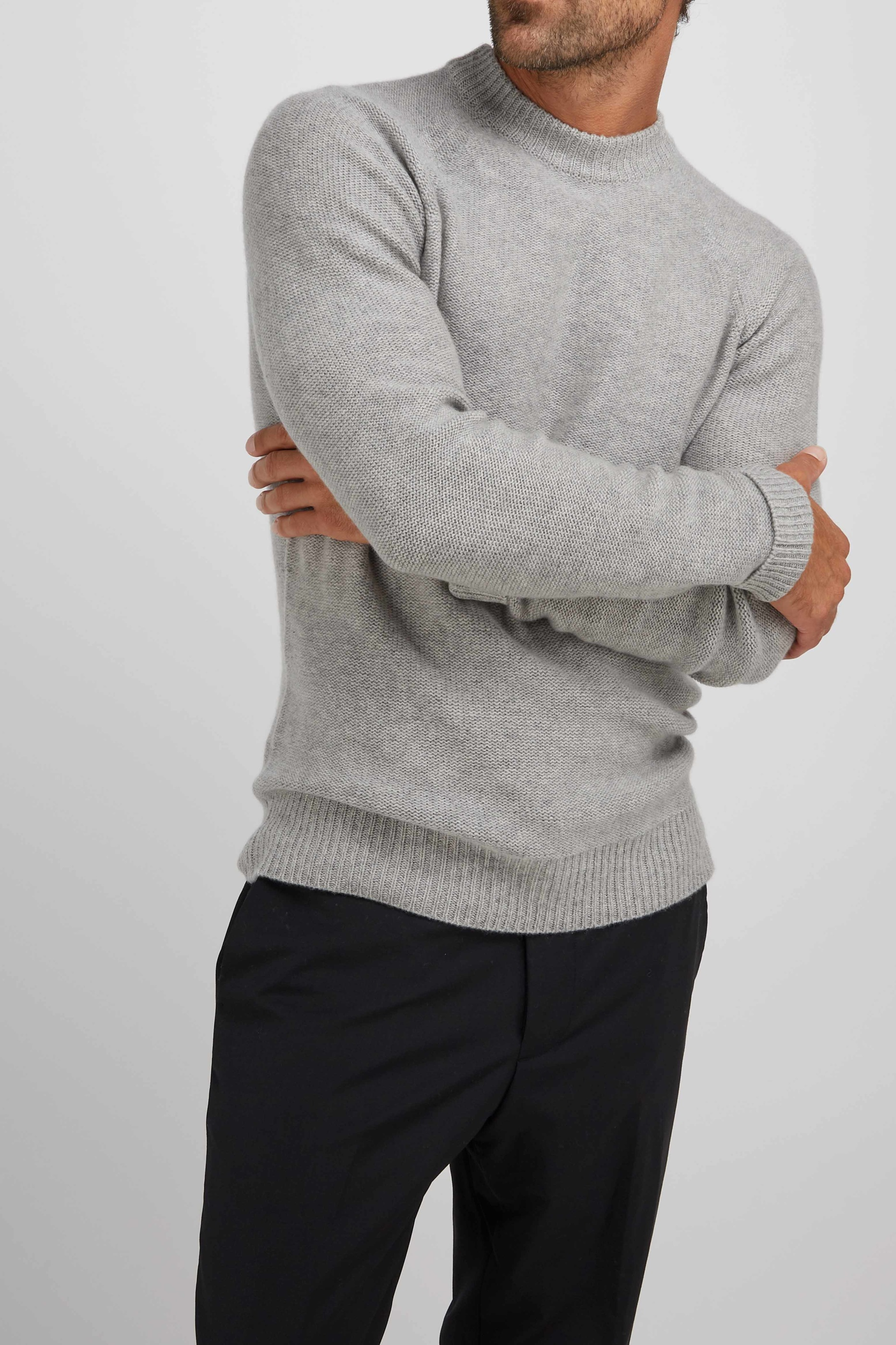 ManRaglanBoxSweater_LightGrey_3