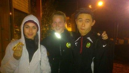 Yasmin Jelassi, Josefine Sandelius och Sebastian Wesslén från Team 288 efter loppet!