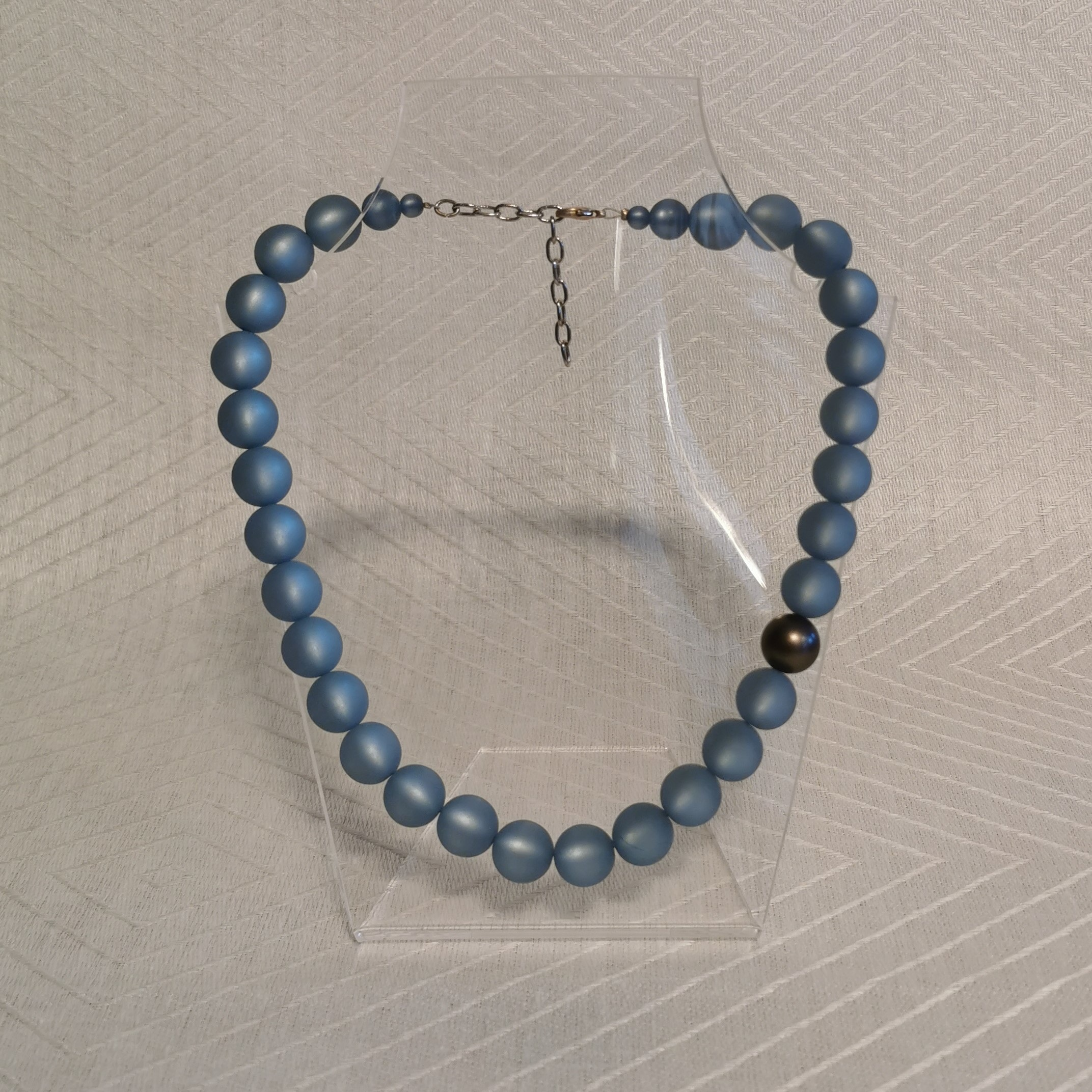 "Halsband ""Marie"" 45-50 cm - 14mm ljusgråblå"