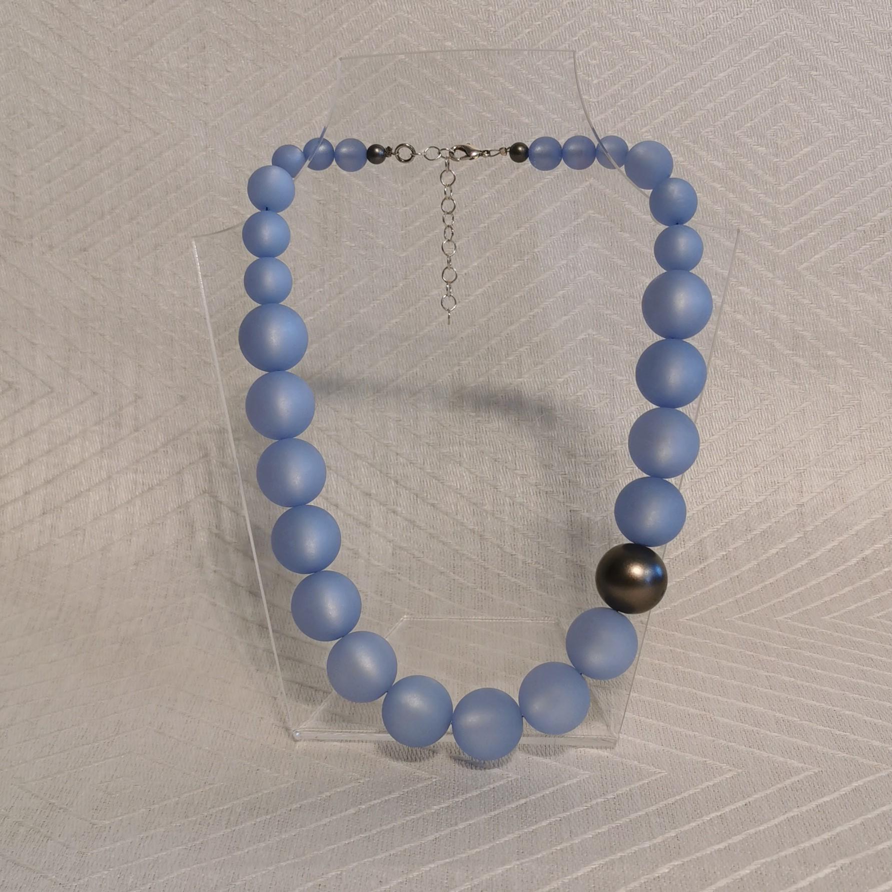 "Halsband ""Marie"" 47-53 cm - 20mm isblå"