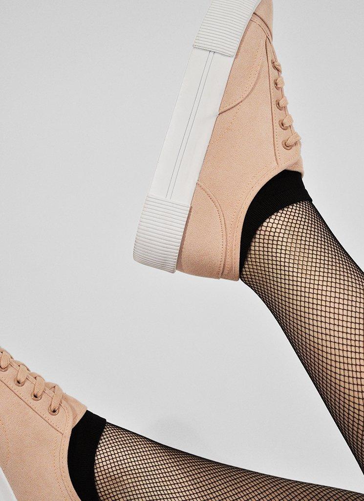 Sara sneaker socka i sko