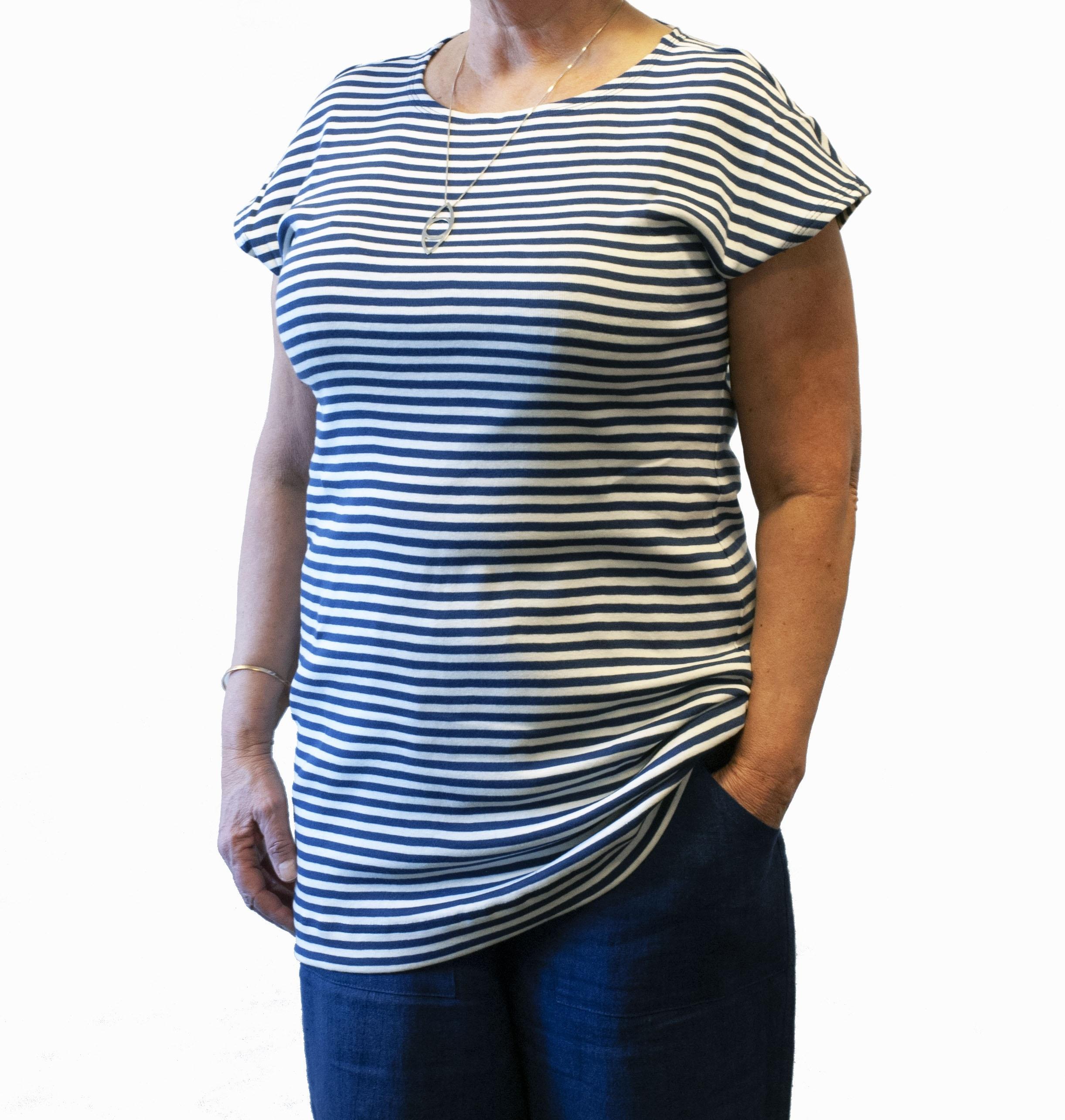 Holkärm blå vit randig lång tshirt 2