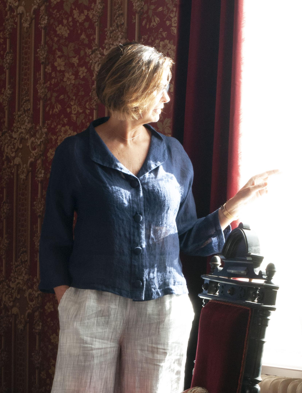 Marinblå linne jacka blus