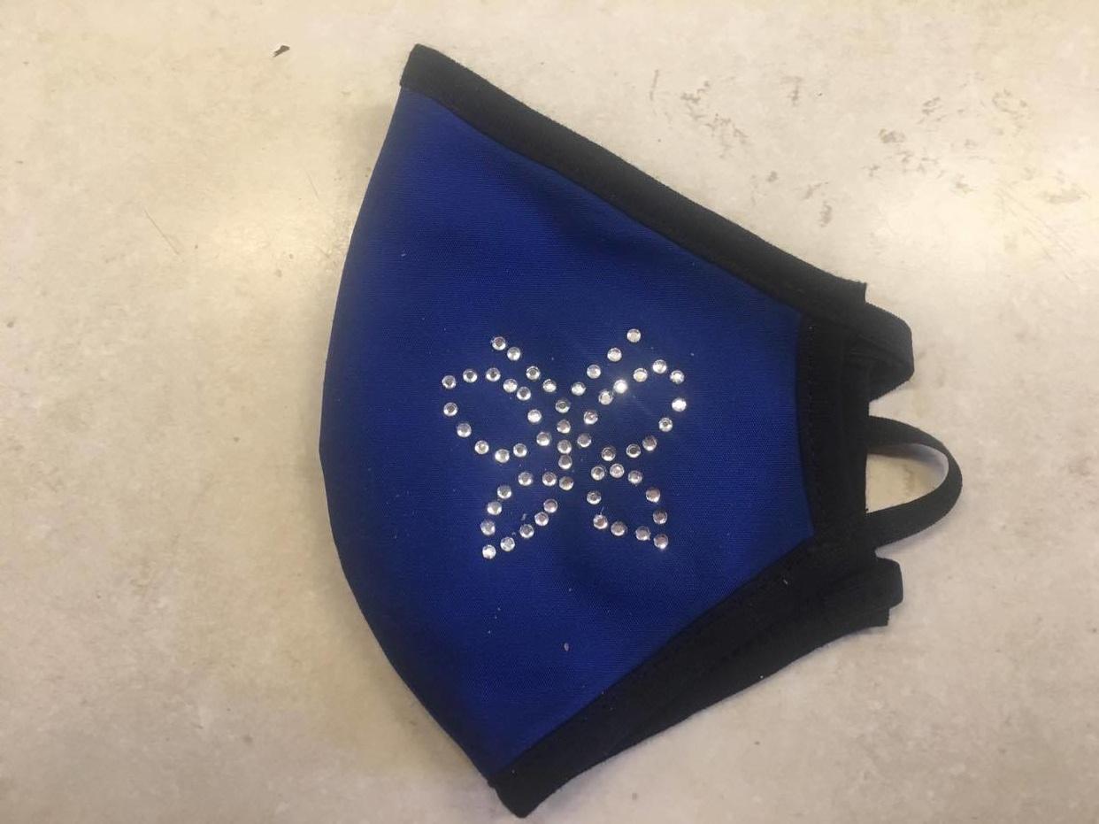 Μπλέ με πεταλούδα στράς - blue with butterfly strass