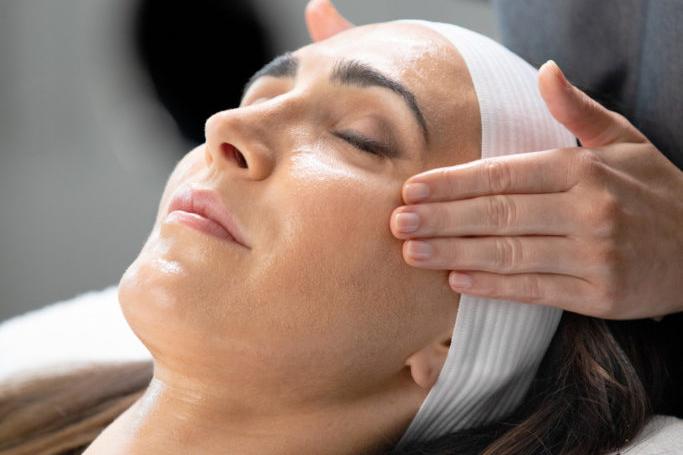 kemisk peel, avancerade peels, ansiktsbehandling, östermalm, stockholm, clearskin, margit ström