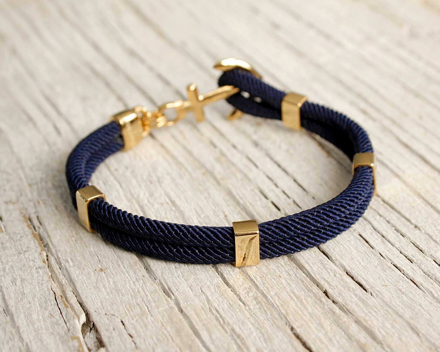 nh_gold_navy2