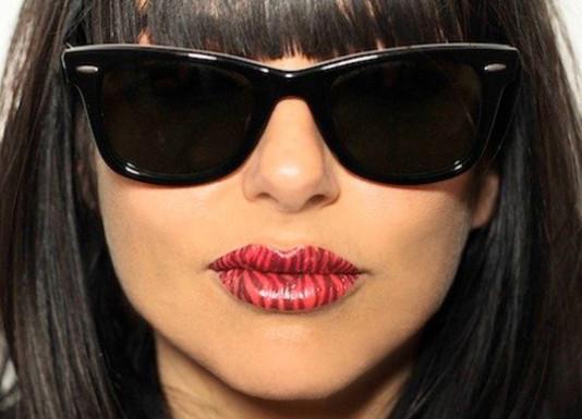 violent-lips