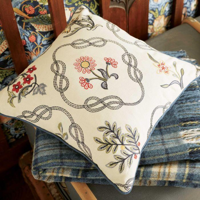 cushion-and-throw