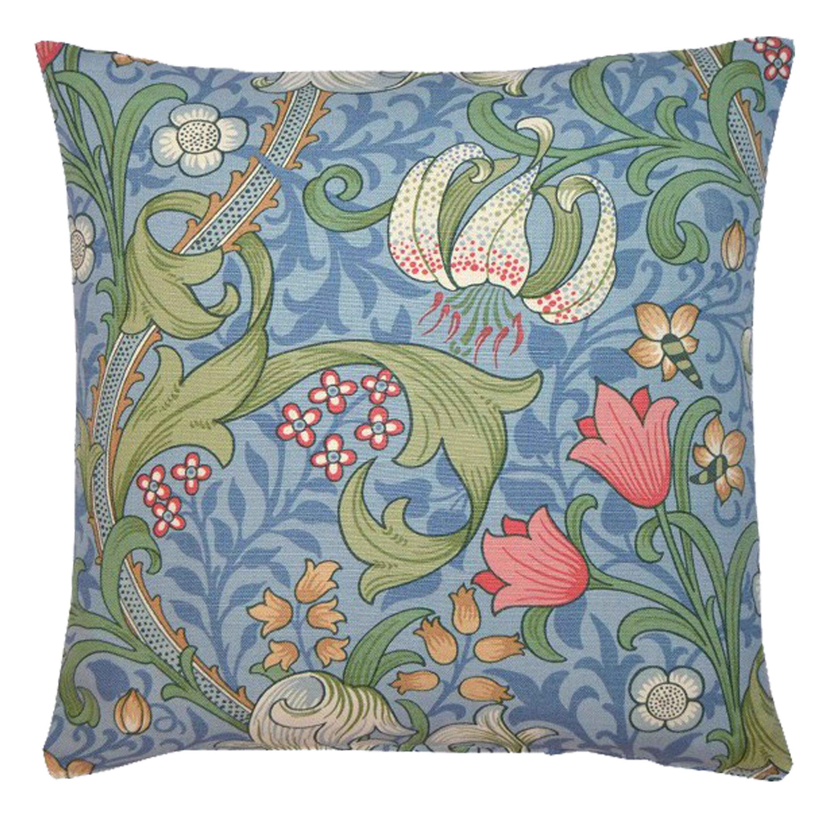 Kudde William Morris Golden Lily Ljusblå
