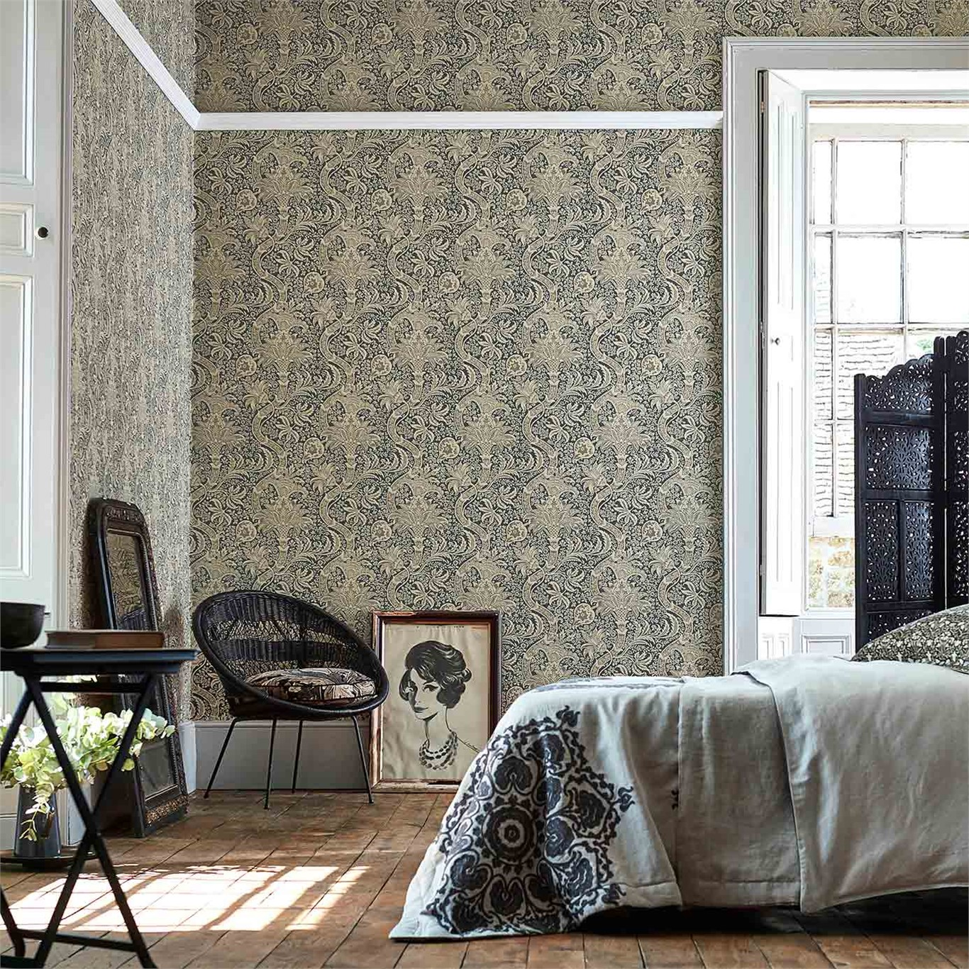 1-Morris-Indian-bedroom-blue-damask-style-library
