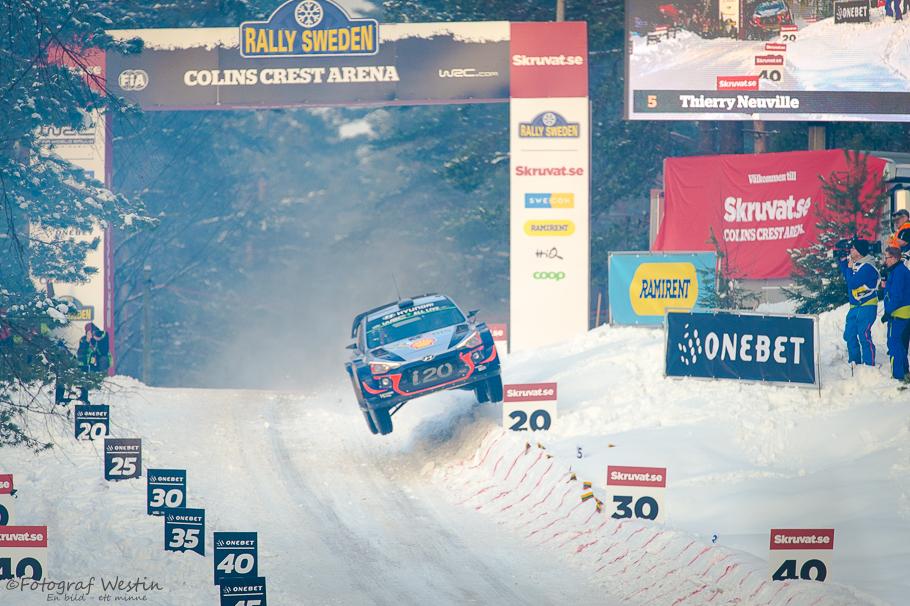 32 meter av Thierry Neuvile, Hyundai i20, Vargåsen  Colin´s Crest
