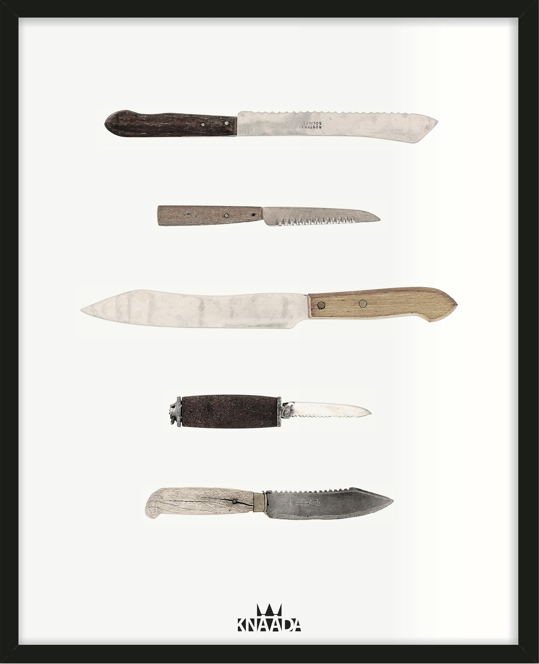 Kökstavla med knivar