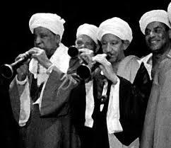 Les Musiciens du Nil (EGY) gav en stark Upper Egypt seans.
