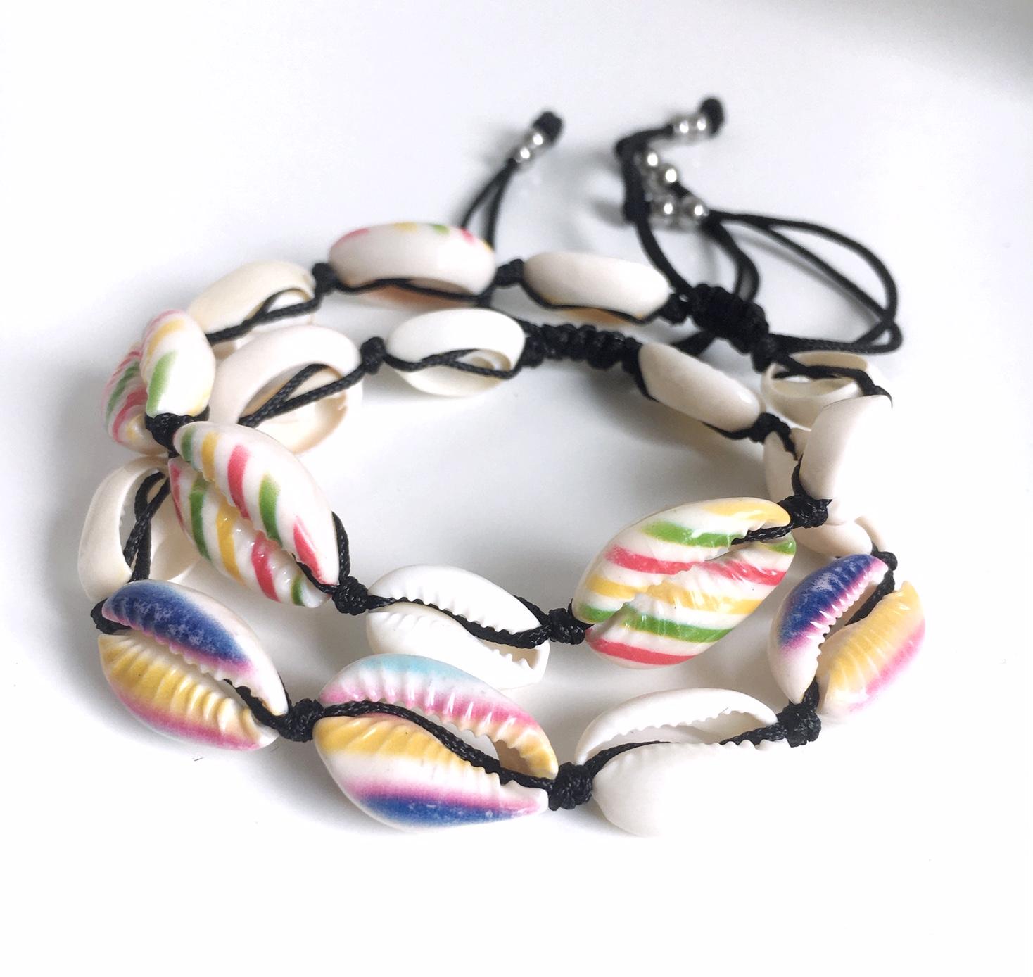 Snäckarmband med färg_1_MIX_randigt
