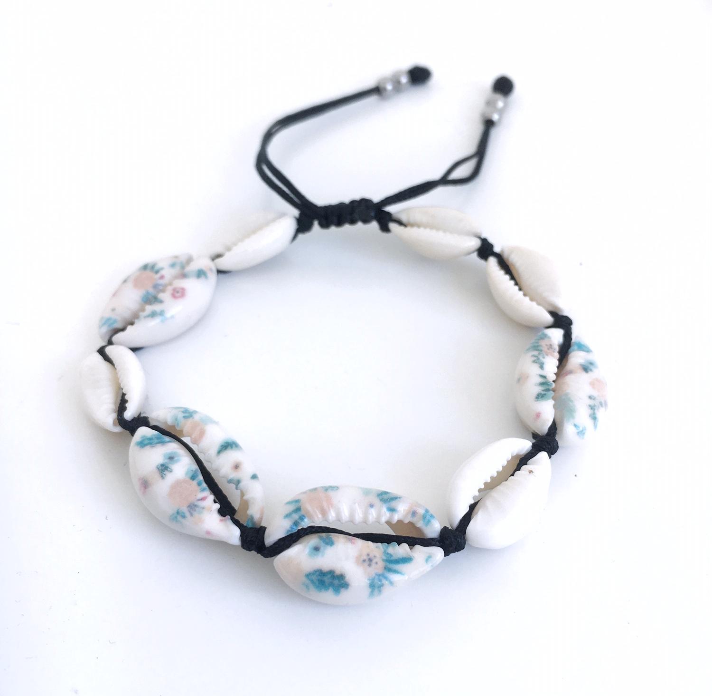 Snäckarmband med färg_havsfläkt