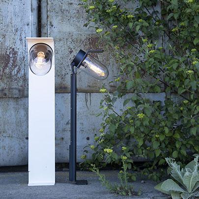 Modern utomhusbelysning - Kollektion Sherlock - Modell 2, pollare, klart glas - hos Alegni Interiors Stockholm