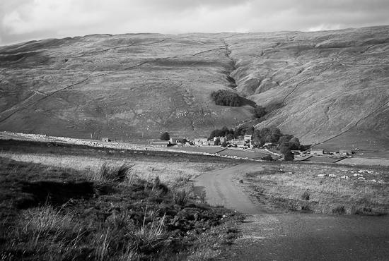 Byn där Emmerdale Farm spelades in från början
