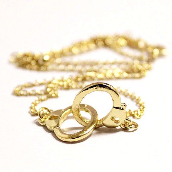 guld handcuffs