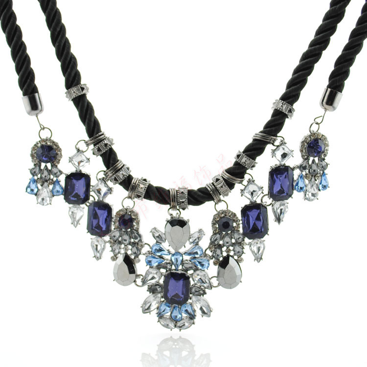 Newest-Gorgeous-Brand-Necklace-Fashion-Jewelry-Brunet-Department-Statement-Necklace-Women-Choker-Crystal-Necklaces-Pendants