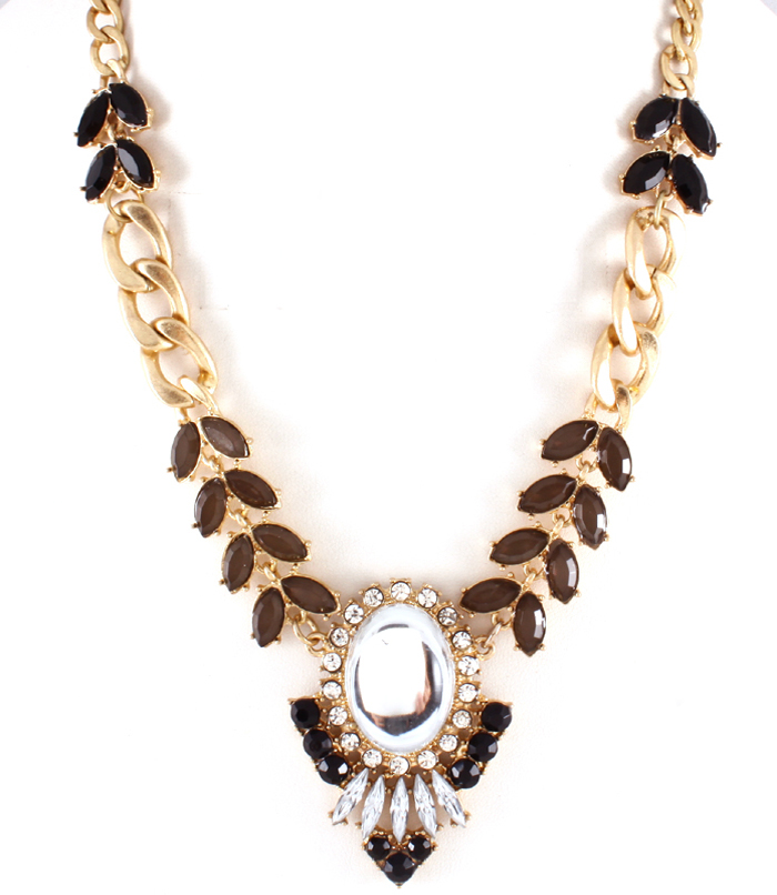 aaa necklace brown