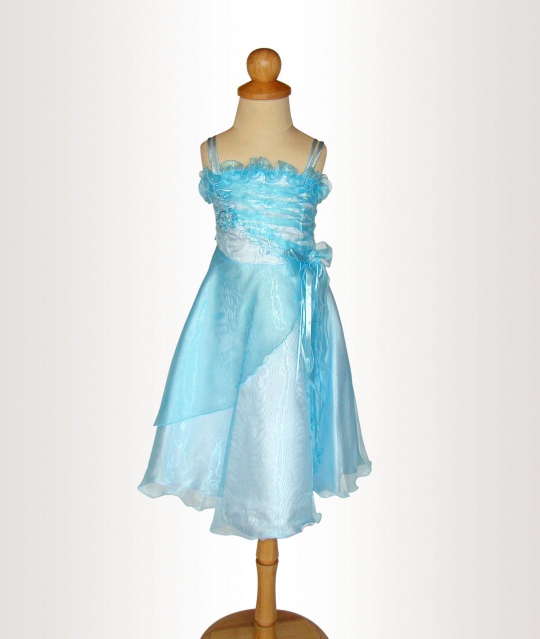 Blå barnklänning med lång kjol c139899077dda